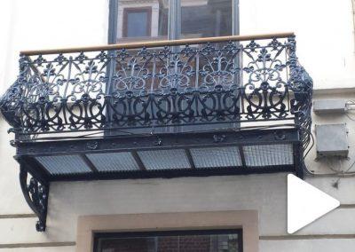 Balcon en fonte & fer forgé